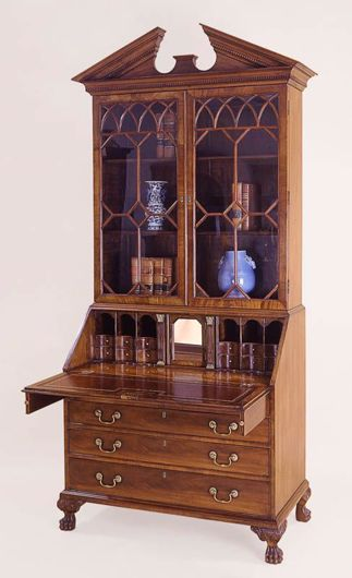 Picture of CHIPPENDALE STYLE MAHOGANY BUREAU BOOKCASE