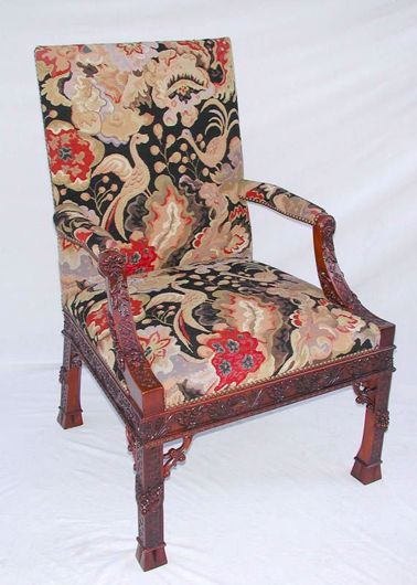 Picture of CHIPPENDALE STYLE MAHOGANY LIBRARY CHAIR