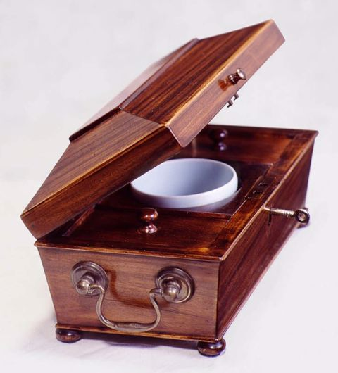 Picture of ENGLISH STYLE ROSEWOOD JEWELRY BOX